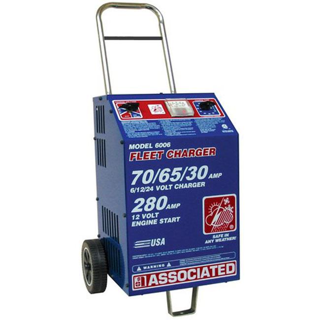 Chargeur de flotte commerciale robuste 6/12/24 volts 6006 Associated