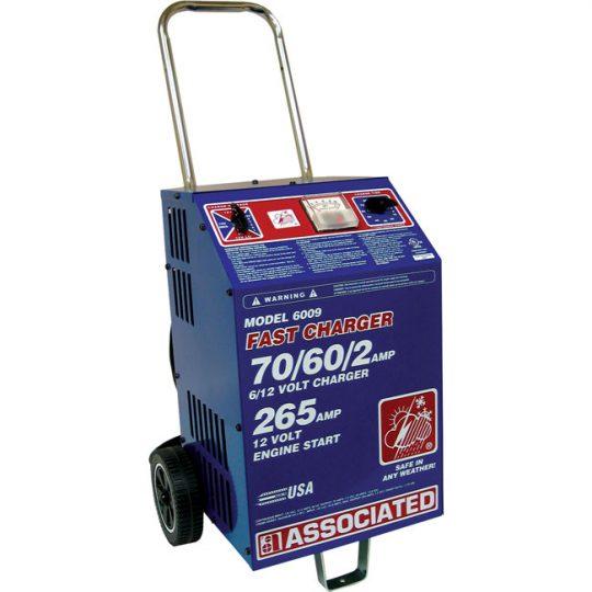 Chargeur rapide à service intensif 6/12 volts sur roue 6009 ASSOCIATED
